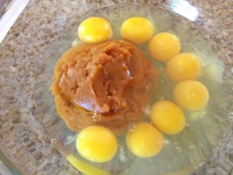 making-pumpkin-pancakes