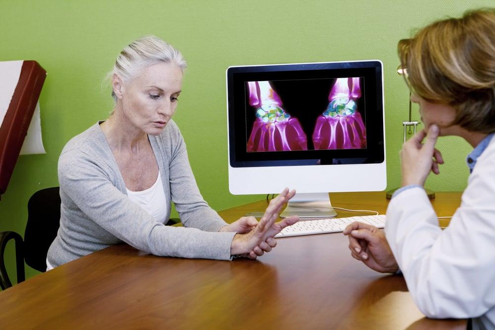 rheumatoid-arthritis-doctor